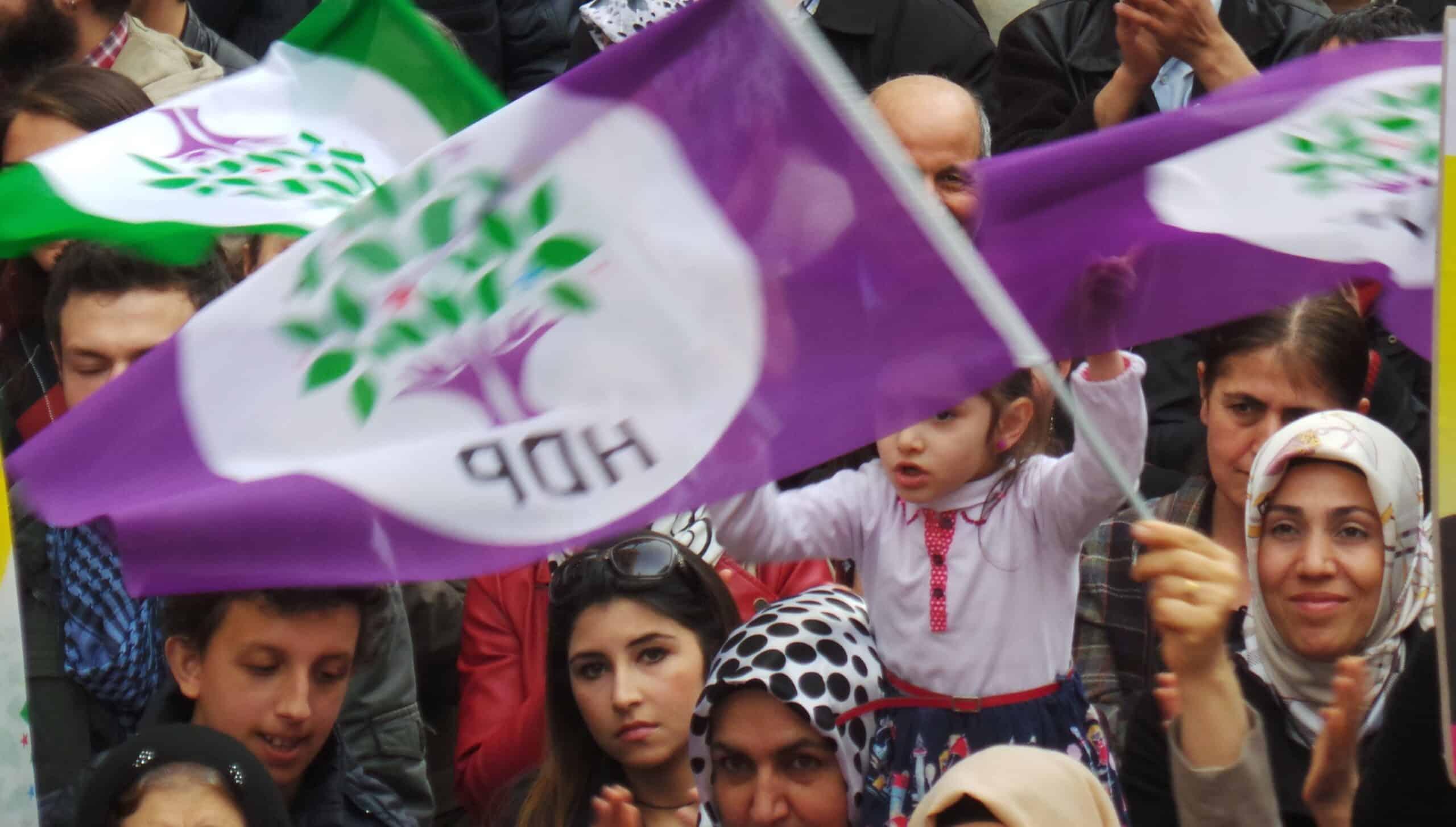 HDP Yurtdışında Oyların Tutulduğu Odalara Güvenlik Kamerası İstedi
