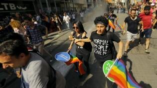 İstanbul'daki Onur Yürüyüşüne Müdahale Londra'da Protesto Edilecek