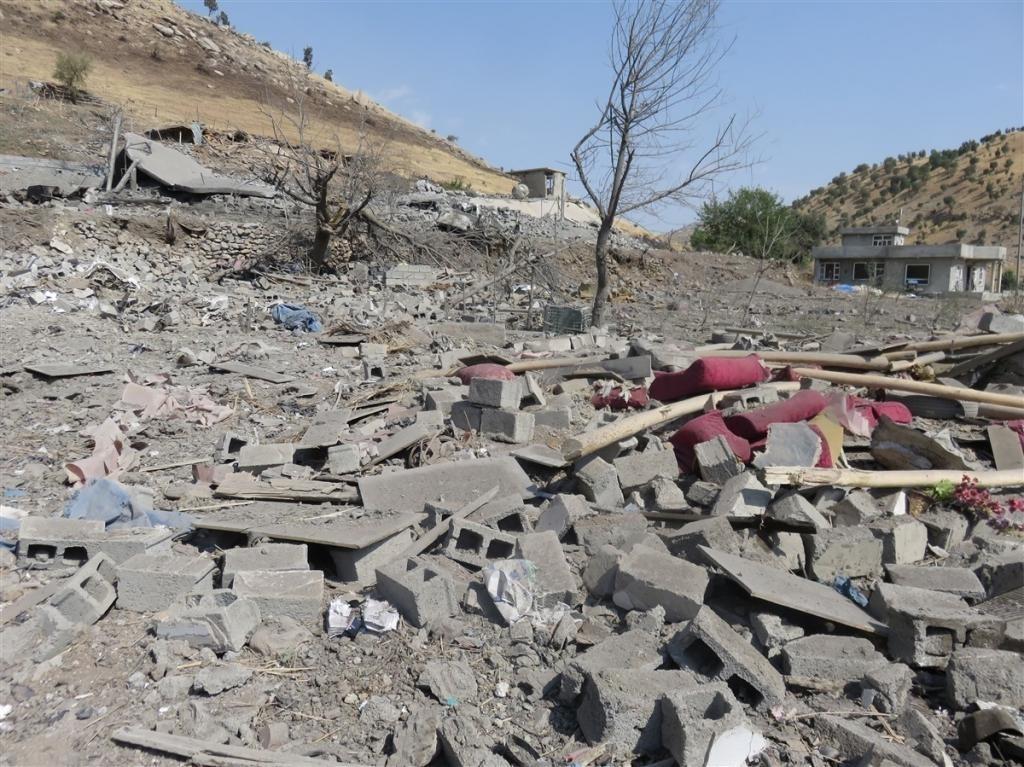 Türk Savaş Uçakları Kandil'de Köyü Hedef Aldı: Onlarca Ölü ve Yaralı 7