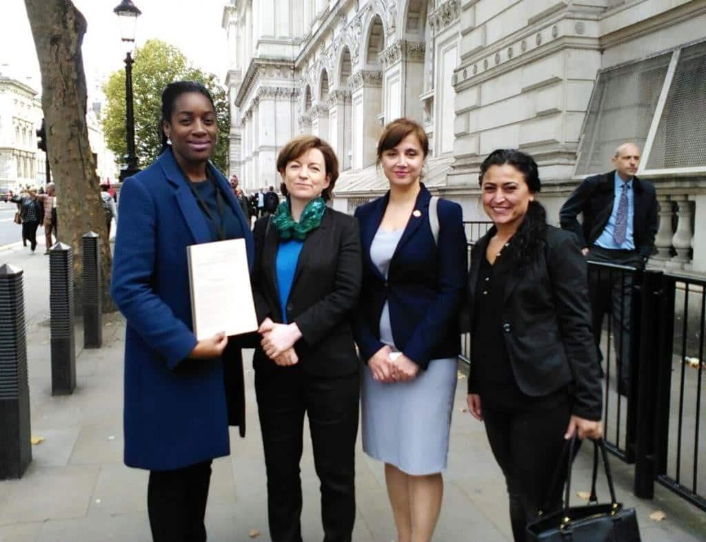 Uluslararası Alanda Tanınmış Kadınlardan İngiltere Başbakanına Kürt Halkı İçin Çağrı 1