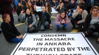 Ankara Katliamı Londra'da protesto edildi