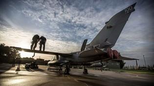 Britanya Suriye'de Daiş'e karşı savaşta