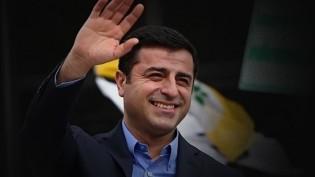Hasan Cemal, Demirtaş'ı İhanet ile Suçlayanlara Sert Cevap Verdi