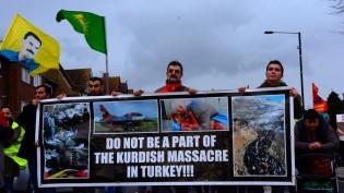Türk Devleti Londra'da Binler Tarafından Protesto Edildi