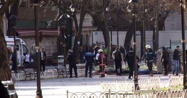 Sultanahmet Meydanında patlama: 10 ölü, 15 yaralı 1