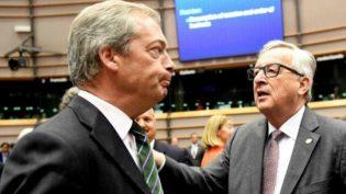 AP Başkanından Farage: 'Çıktınız, neden burdasınız?'