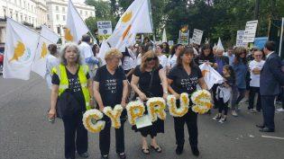 Kıbrıslılar, 42 yıldır barış türküsü söyleyemiyor