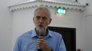 İngiltere Ana Muhalefet Lideri: Öcalan Özgür Olmalı