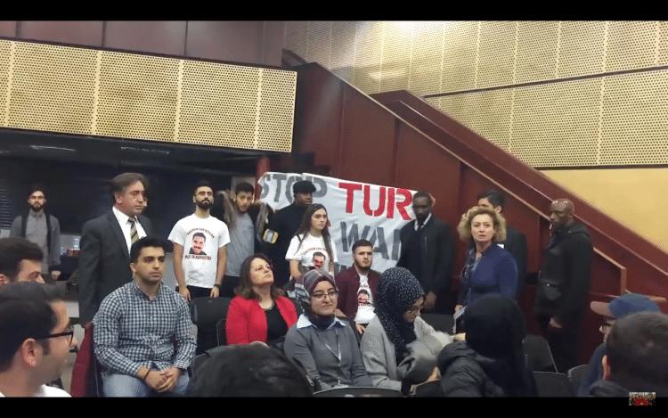 mehdi-eker-protesto4