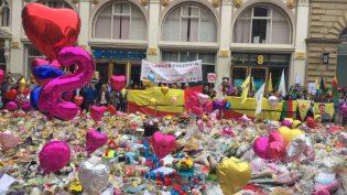 Kürdistanlılar: Manchester'i Seviyoruz, Birlikte Daha Güçlüyüz