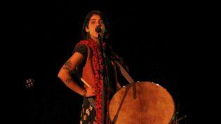 Müzisyen Gizem Altınordu: Afrika'dan İran'a Ritmin Yetenekli İsmi