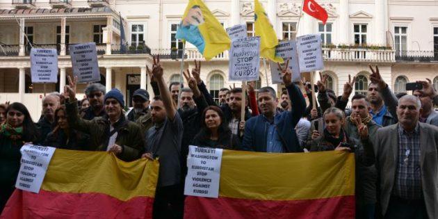 Washington'daki Koruma Terörü, TC Londra Büyükelçiliği Önünde Kınandı