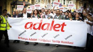 Farklı Görüşler 'Adalet' Sloganıyla Yürüdü