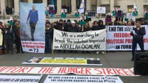 Londra'da Açlık Grevi Eylemcilerine Destek Yürüyüşü