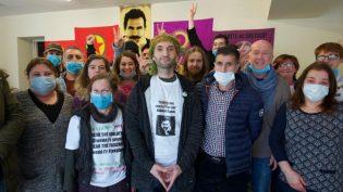 Gallerli devrimcilerden Şiş'e destek: Diwedd i Ynysu*