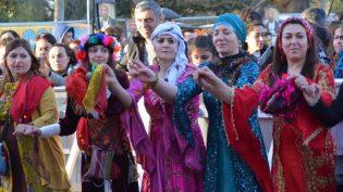 Londra'da Görkemli Newroz Kutlaması