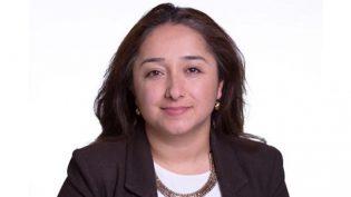 İngiltere'nin ilk Kürt ve Alevi kadın milletvekili Feryal Demirci oldu