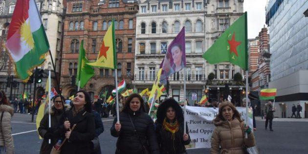 Londra'da 'ulusal birlik' yürüyüşü