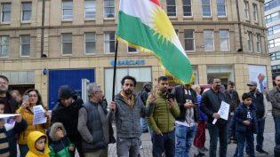 Sheffield'te yüzlerce kişi Kuzey-Doğu Suriye işgalini protesto etti