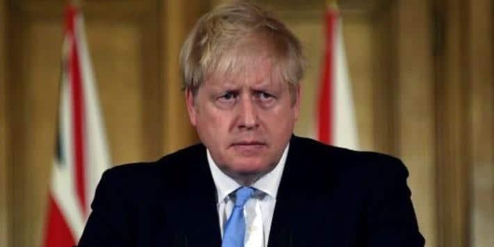 BBC : İngiltere'de salgınla mücadele için geçici olarak 'günlük hayatın askıya alınması' tartışılıyor