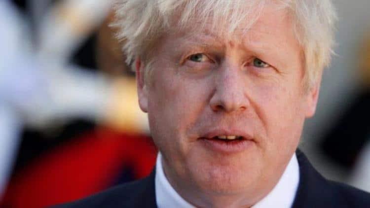 Boris Johnson: Koronavirüs tedavisi gören İngiltere Başbakanı yoğun bakıma kaldırıldı