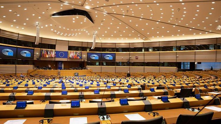 Avrupa Parlamentosu'nda Türkiye'ye sert eleştiriler