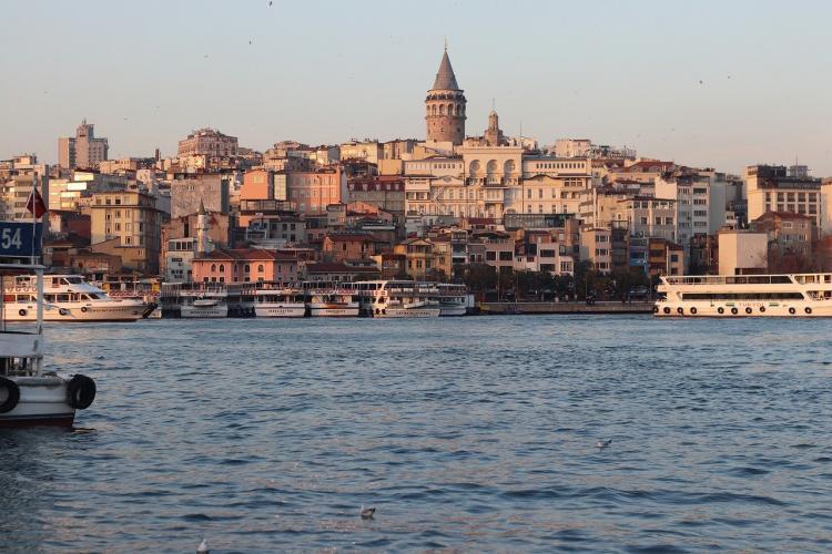 Dört yılda Türkiye'den göçen 20-35 yaş arası nüfus yüzde 70, 35-50 yaş arası nüfus ise yüzde 100 arttı