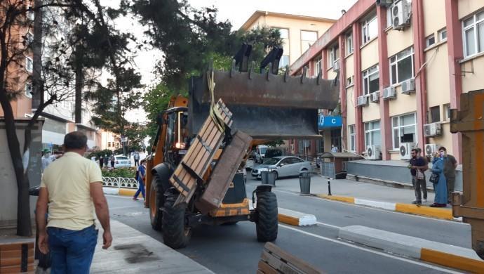 Bakırköy Belediye'si Timtik ve Ünsal eyleminden dolayı bankları söktü