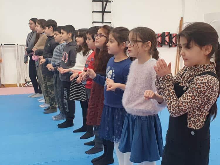 Firaz Dağ çocuk okulunda eğitime devam ediliyor