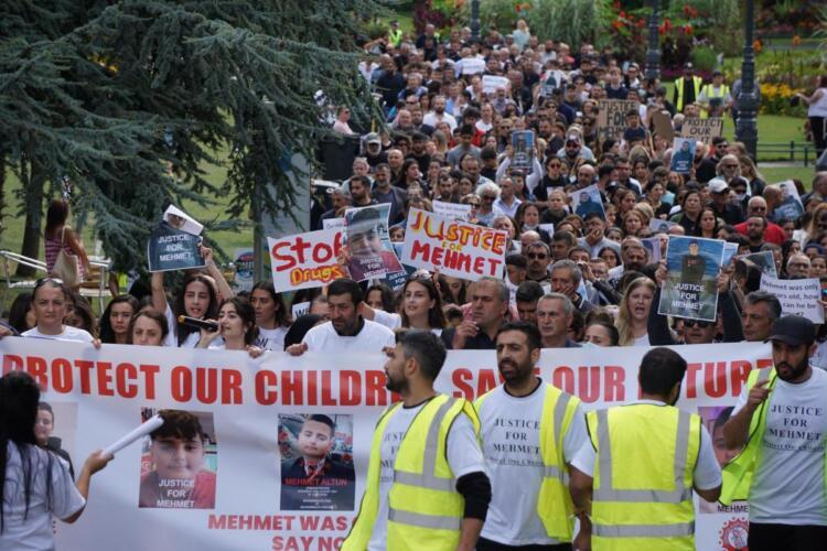 Bournemouth'ta Mehmet Altun için kitlesel yürüyüş