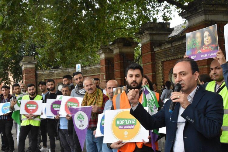 Londra'da HDP'yi sahiplenme yürüyüşü