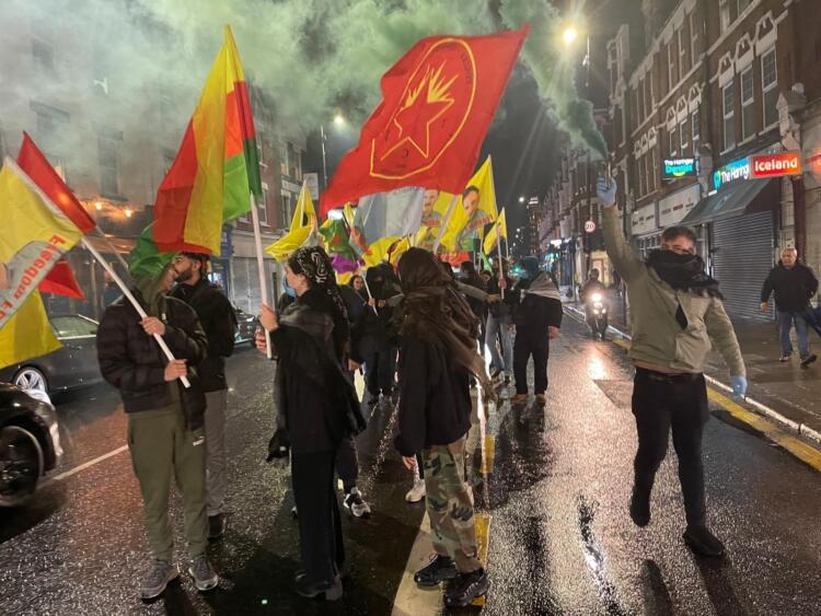 Londra'dan Strasbourg'a dayanışma eylemi